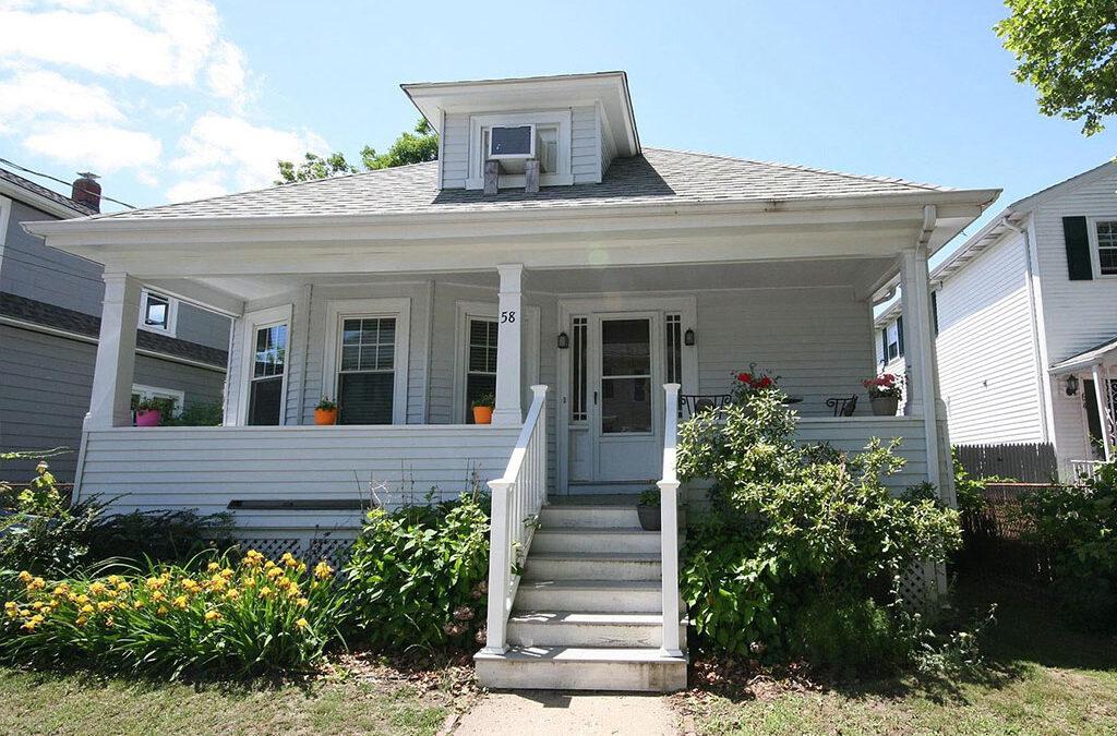 58 Sterling St, Pawtucket, RI 02860